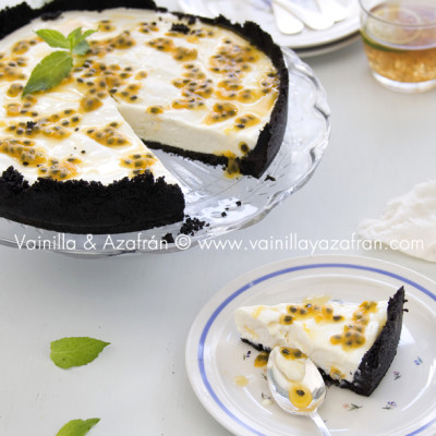 Cheesecake de chinola y chocolate