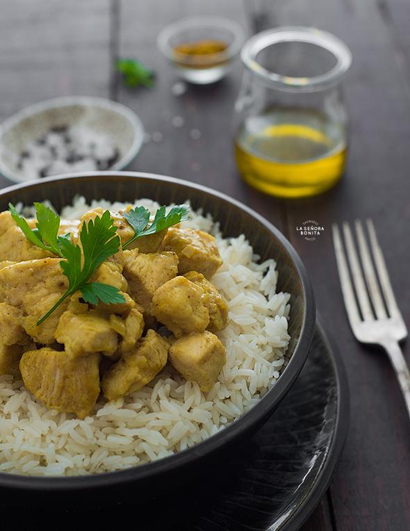 Receta fácil de Pollo en Salsa de Curry y Coco